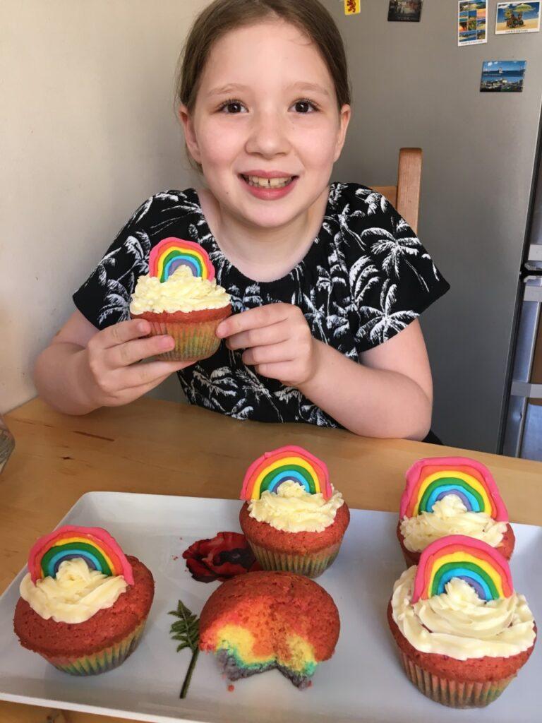 CS (Y5) Rainbow cupcakes