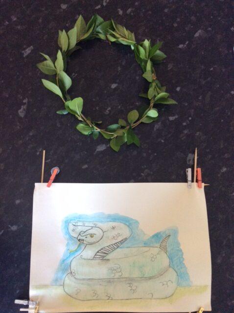 RW (Y5) laurel wreath & snake